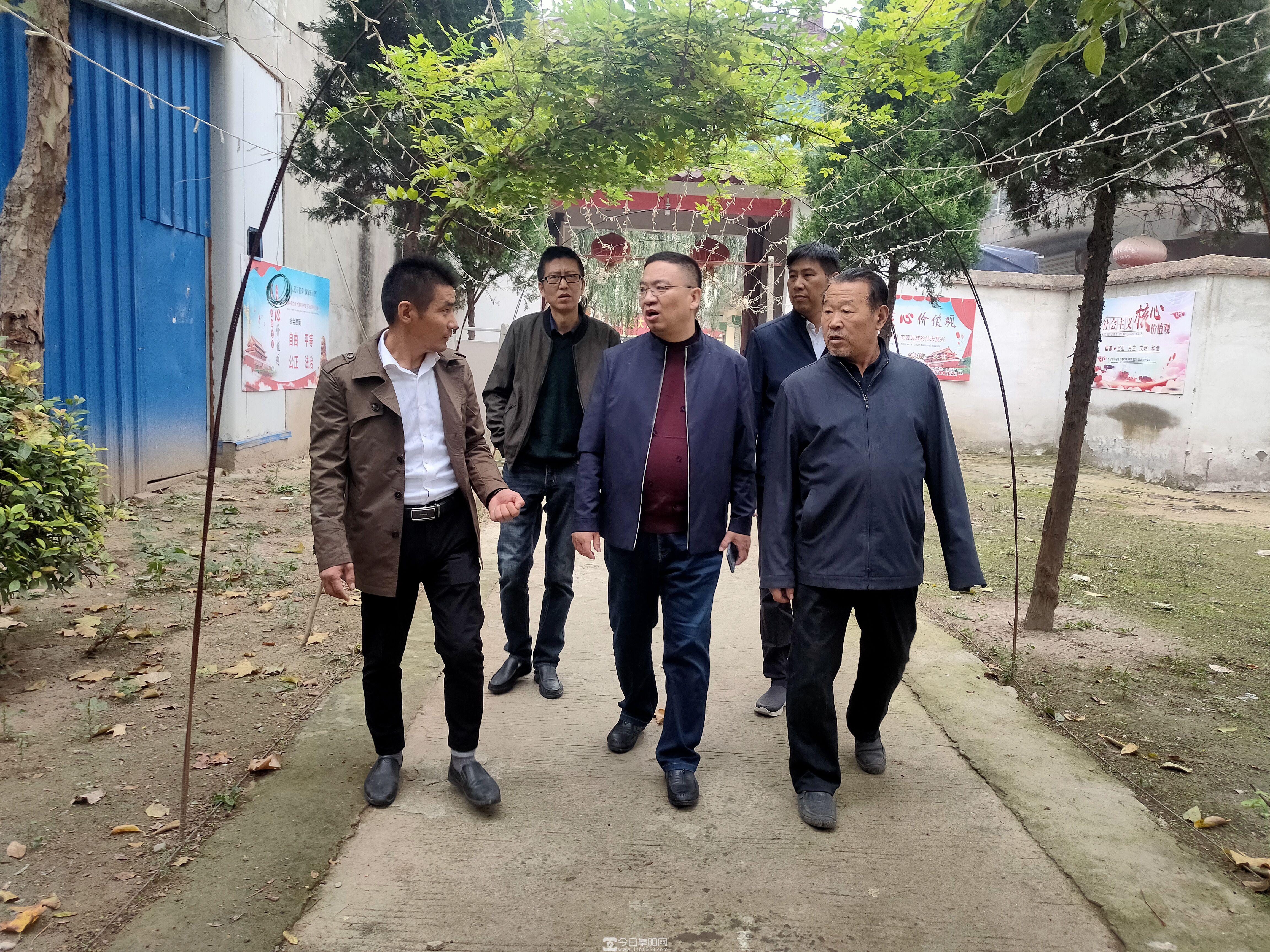 """太和县双浮镇:""""小良庄""""实现""""大扶贫"""""""